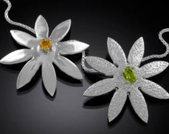 Fine Silver Daisy Necklace on Sterling Silver Box Chain Citrine or Peridot setting FREE Fast Shipping ON SALE