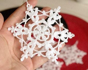 Crochet snowflake Hanging ornaments Winter decorations Crochet ornaments White crochet snowflakes Handmade ornaments Lace snowflake E