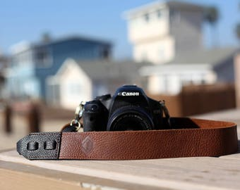 True Brown Cross-Body Leather Camera Strap for DSLR/SLR camera, DSLR Camera Strap. Camera accessory. Canon camera strap. Nikon camera strap