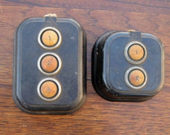 2 vintage Intercom bouton poussoir boîtes Bureau bakélite 1872 Edwards