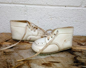 Vintage Baby Shoes - Leather Baby Shoes - Nursery Decor - Baby Gift - Baby Shower