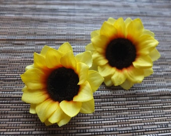 A pair of Sunflower Hair clips, Wedding Accessories, Wedding Hair Flowers