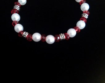 Stretch cord bracelet