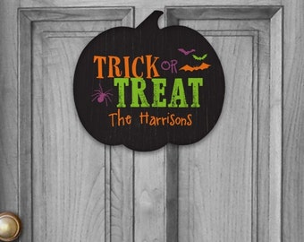 Trick or Treat Pumpkin Personalized Sign, Trick-or-treat, Halloween, fall wall decor, wall sign, Halloween decor, Halloween sign -gfyU795182