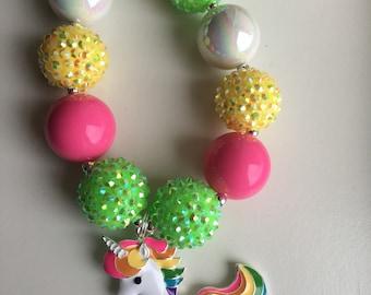 Unicorn chunky bead necklace.. unicorn necklace.. unicorn charm.. unicorn party..unicorn birthday