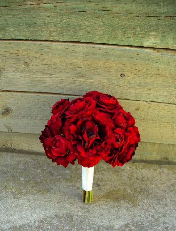 bouquet de mari e en soie pourpre rouge et pivoines. Black Bedroom Furniture Sets. Home Design Ideas