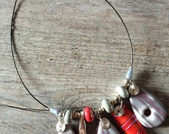 Collier ras de cou Bohème Red touch  - Nouvelle collection
