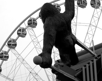 Carnival Photography, King Kong, Black and White Photography, Kidsroom Decor, Playroom Art, Clifton Hill, Travel Photography