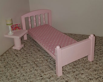 Pink Spindle Single 1:6 scale bed with mattress/ pink bed/ spindle bed/ playscale bed/ blythe size/ barbie size bed/ doll house furniture