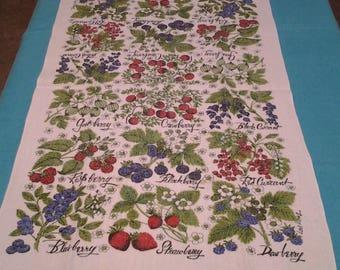 Vintage Tea Towel, Lois Long, Berries Design, Dish Towel, FREE Shipping!