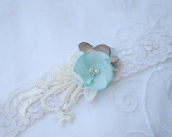 ivory stretch lace bridal garter;ivory and blue lace garter;lace bridal garter