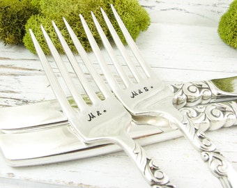 Stamped Wedding Forks. Mr and Mrs. Hand Stamped Vintage Silverware Set. Date on Handles. Table Setting. Shower Gift. 315WED