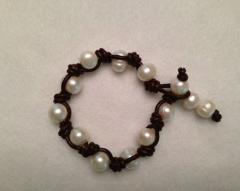 Brown Leather Knots Cultured Pearl Bracelet