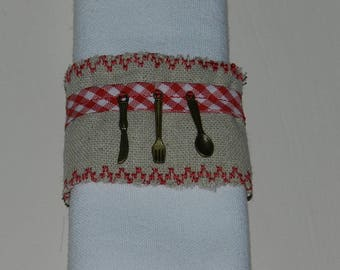 "set of 2 napkin rings ""On A table!"" linen (red)"