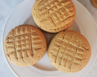 Peanut Butter Cookies - Classic Peanut Butter Cookies - Peanut Butter - Cookies - Foodie Gift - Gift for Her - Birthday Gift - 18 each