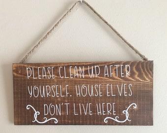 House Elves sign