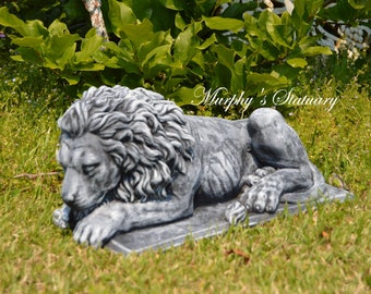 Rustic Style Solid Concrete Forward Facing Laying Majestic Lion Garden Statue/Pilar Topper