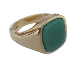Signet ring with chrysophrase stone