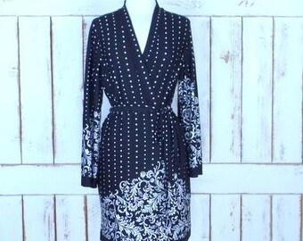 90s vintage black/white polka dot floral  stretch wrap dress/fitted long sleeve wrap midi dress/small/medium