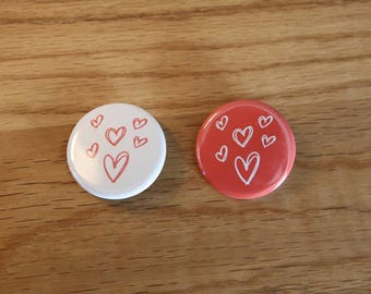 Pair of Badges - Mini hearts - 32 mm - button badges