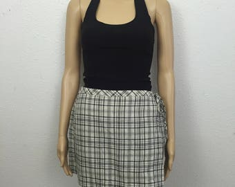 90s vintage beige and black plaid mini skort