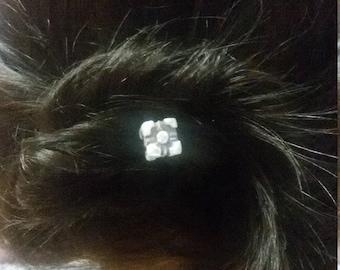 Portal video game companion cube hair pin small hair accessory, unique nerd polymer piece
