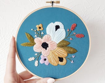 Floral Embroidery Hoop Art, Hand Embroidered Home Decor, Flower Embroidery, Botanical Art, Handmade Art