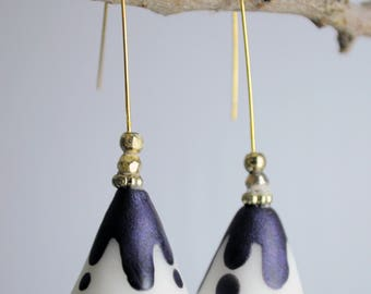 Color volcanoes-long earrings with colored cone pendant and beads