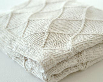 PDF KNITTING PATTERN  - Baby Blanket - Diamond