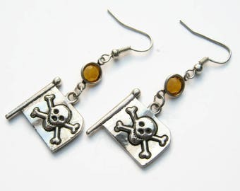 Pirate Flag Birthstone Earrings, Personalized Skull and Crossbone Earrings, Swarovski Crystal Earring, Nautical Ocean Beach Jewelry, Cosplay
