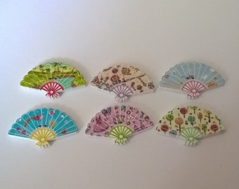 Pack Of 20 Fan Shaped Buttons