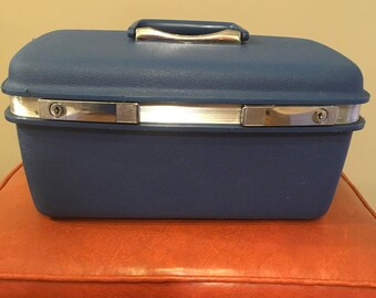 Vintage samsonite traincase suitcase blue traincase makeup case luggage carryon travel bag overnight case Saturn blue storage decor retro