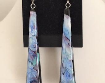 Resin dangle stick earrings