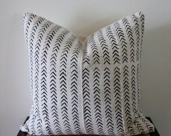 Vintage African Mud Cloth Pillow Cover with Linen Back 20x20