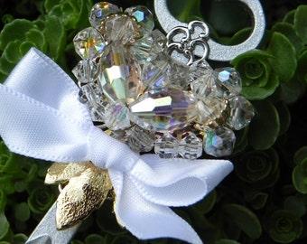 Elegant Skeleton Key Boutonniere - Rhinestone Heart Vintage Earring