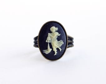 Aquarius Cameo Ring Victorian Zodiac Astrology Aquarius Ring Vintage Black Cameo Jewelry Adjustable Victorian Ring