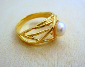 Pearl Ring, GOLD Filled Ring, handmade jewelry, gold rings for women promise ring birthstone gemstone ring