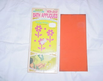 Vintage 60s Daisy Non Skid Appliques Red Bath Glass Doors In Package