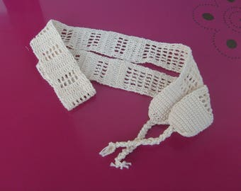 crocheted ecru cotton belt