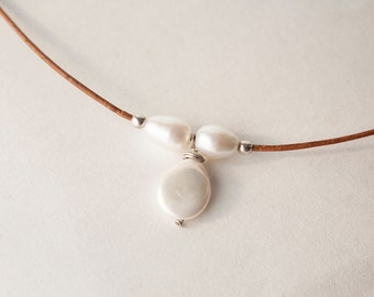 Leather Necklace With Pearls - Gift For Graduation - Summer Jewelry For Women - 3rd Anniversary Gift - June Birthday Gift - June Birthstone