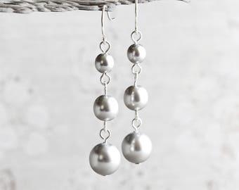 Silver Pearl Earrings, Light Gray Earrings on Silver Plated Hooks, Pearl Dangle Earrings, Crystal Wedding Jewelry (Clip On Available)