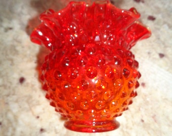 "Beautiful Red Hobnail Ruffle Vase 4 1/2"" tall"