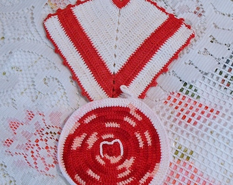 2 Cherry RED & WHITE POTHOLDERS Round and Diamond Designs 1940s Vintage Hand Crochet Kitchen Linens Pot Holders Vibrant Mothers Day Gift