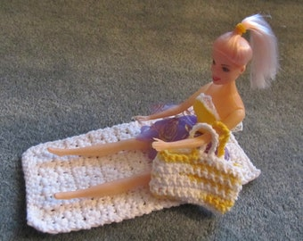 Crochet Beach Towel and Tote for Doll, Cotton, Doll Purse, Doll Towel, Doll Accessories, Doll Beach Bag, Gift for Girl