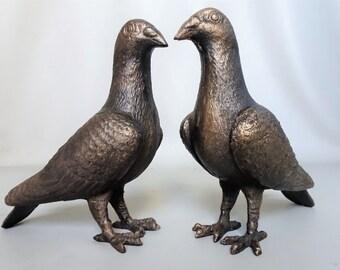 Two cast iron Pigeons figurine pair bird figurine statue house decoration garden decoration gift men woman