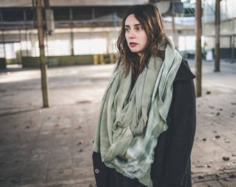 Ava // Circle scarf // Layer scarf // One of a kind // Green