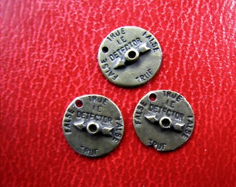 3 Rustic Steampunk Metal Compass Charms