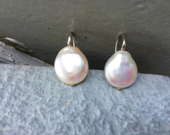 Modern simple freshwater coin pearl silver earrings/ White pearl drop earrings/Natural Pearl Earrings/ Mothers day gift idea