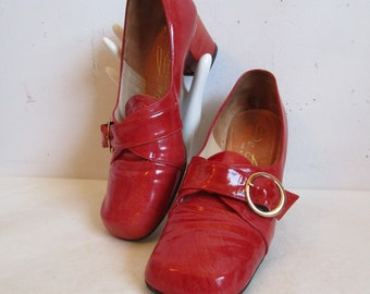 Vintage 60s Leather Red Shoes De Carlo Womens Heel Loafer 1960s Gold Buckle Day Shoes Made in Canada 7.5B