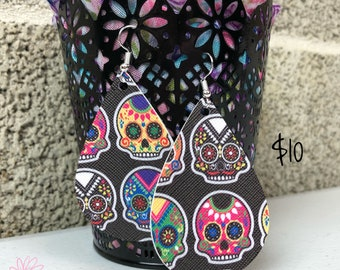 Black Sugar Skull / Day of the Dead / Teardrop Canvas Faux Leather Earrings